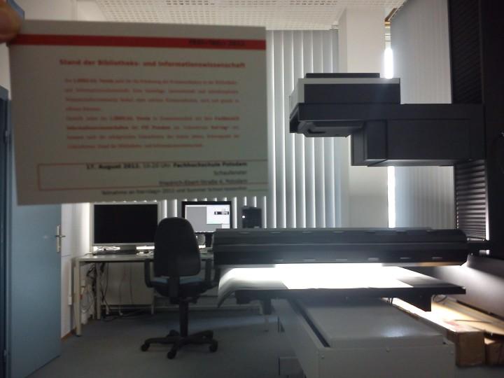 Großformatscanner im Einsatz an der FH Potsdam
